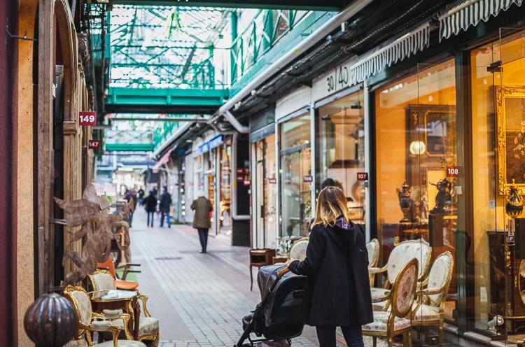 charity-shop-in-paris-saint-ouen