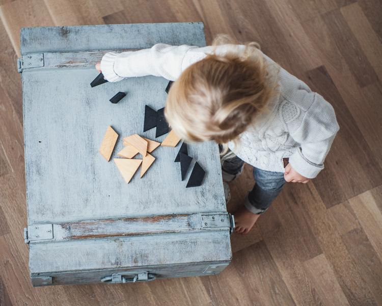 zabawki edukacyjne z drewna