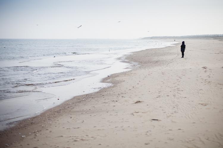 zimowy spacer po plaży