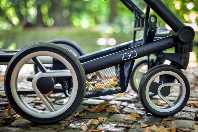pompowane koła wózka kompaktowego wózka głęboko spacerowego firmy mutsy