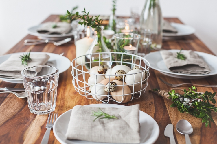 dekoracja wielkanocnego stołu w stylu kinfolk
