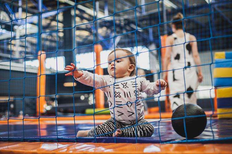 zabawa na trampolinach sportowych w jump city w Gdyni
