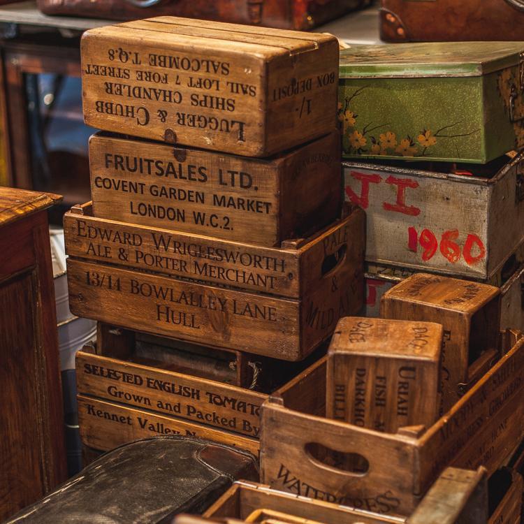 vintage-shop-in-paris-saint-ouen