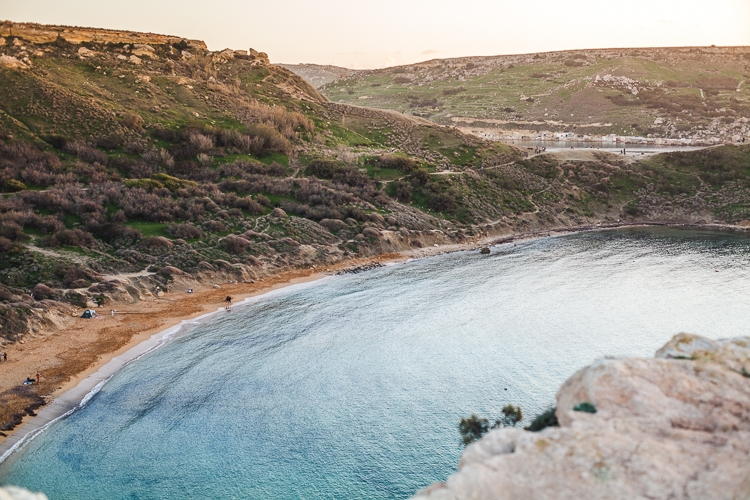 najlepsze piaszczyste plaże Malty