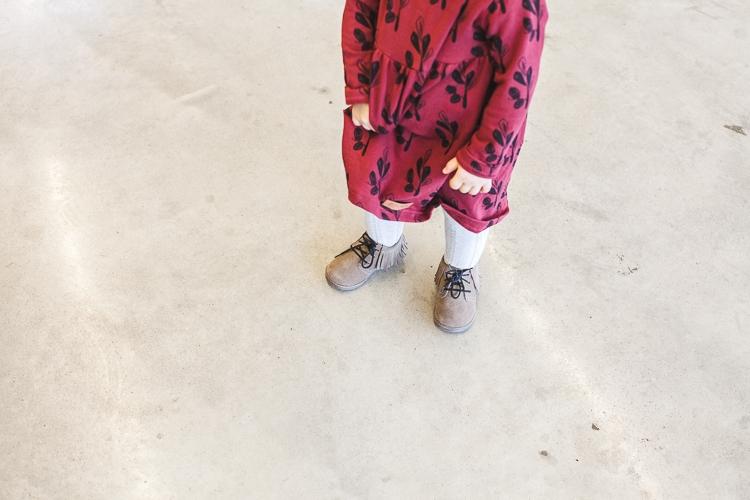 dziewczynka w sukience zezuzulla
